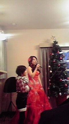 明日はクリスマスライブ♪